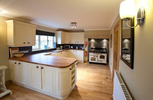 Big Cottages - Charming Chathill Cottage S98068