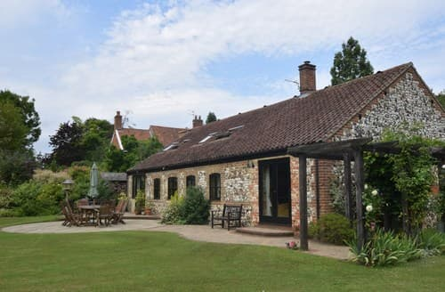 Last Minute Cottages - Beautiful Norwich House S44589