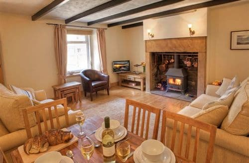 Last Minute Cottages - Delightful Seahouses Cottage S98072