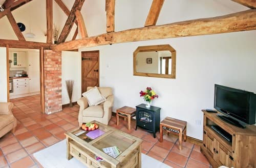 Last Minute Cottages - Gorgeous Droitwich Barn S77307