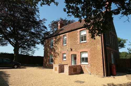 Last Minute Cottages - Delightful Thornham House S114506