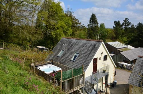 Last Minute Cottages - Attractive Bodmin Apartment S8806