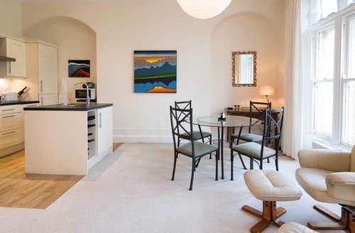Last Minute Cottages - Captivating Harrogate Apartment S122081