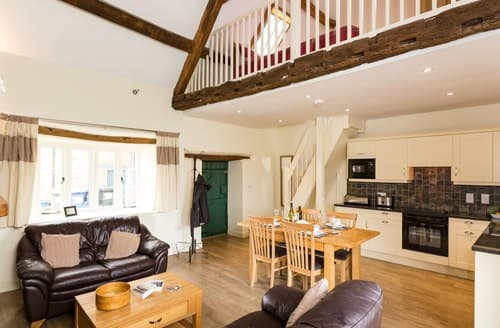 Last Minute Cottages - Charming Banbury Barn S77296