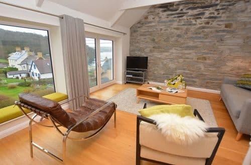 Last Minute Cottages - Tasteful Cardigan House S43683
