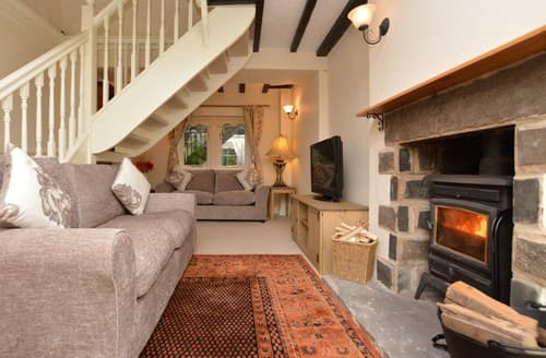 Last Minute Cottages - Attractive Bakewell Cottage S72074