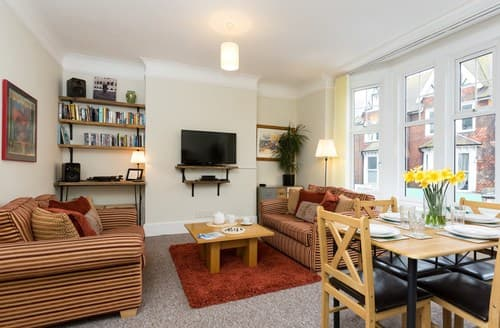 Last Minute Cottages - Exquisite Eastbourne Apartment S89427