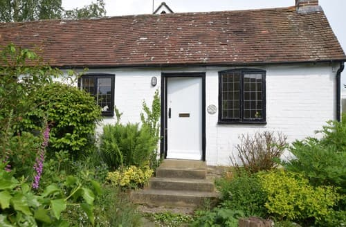 Last Minute Cottages - Gorgeous Etchingham Cottage S78998