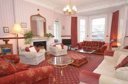 Last Minute Cottages - Delightful Ilfracombe House S8738