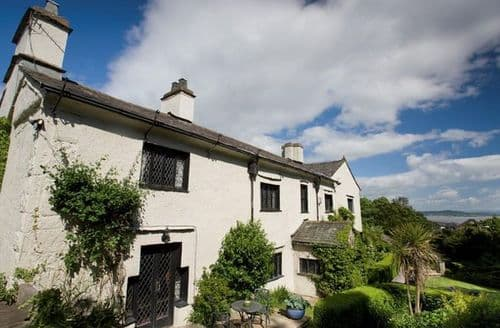 Last Minute Cottages - Tasteful Grange Over Sands House S25165