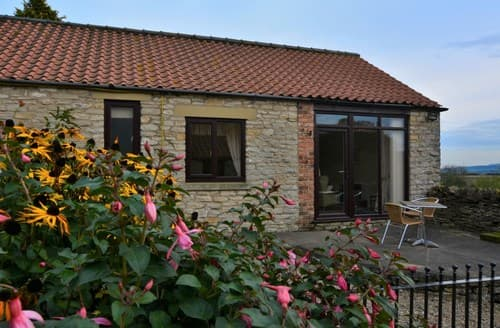 Last Minute Cottages - Excellent Old Byland Cottage S7204