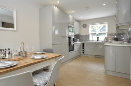 Big Cottages - Captivating Cheltenham House S104437