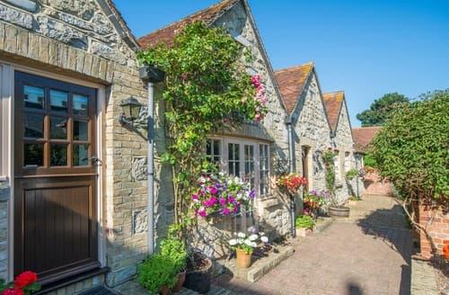 Last Minute Cottages - FCH60900