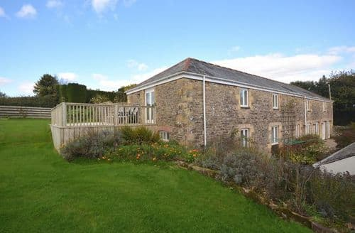 Last Minute Cottages - Lovely Truro Barn S12616