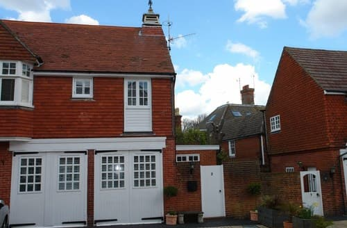 Last Minute Cottages - Quaint Eastbourne Cottage S89424