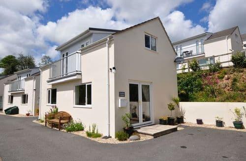 Last Minute Cottages - Tasteful Umberleigh House S8281