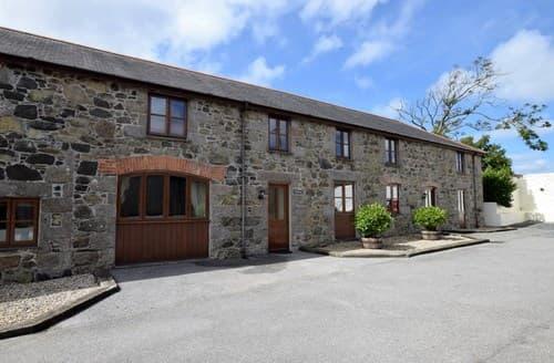 Last Minute Cottages - Excellent Helston Barn S7650
