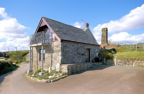 Last Minute Cottages - Splendid Looe Barn S8112