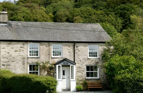 Last Minute Cottages - Wonderful Hawkshead Cottage S79651
