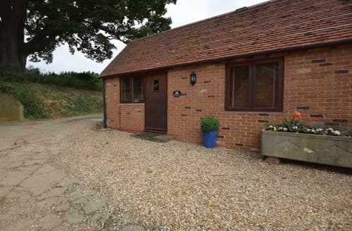 Last Minute Cottages - Charming Banbury Barn S77358