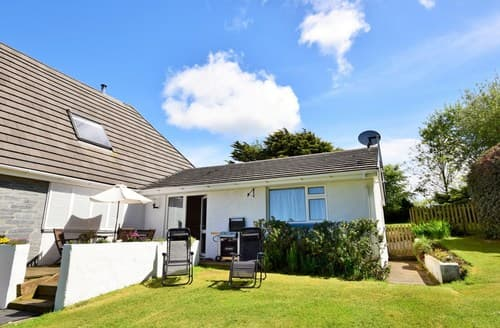 Last Minute Cottages - Attractive Bude Wing S8839