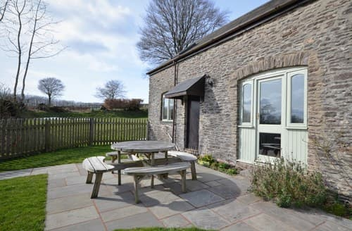 Last Minute Cottages - Beautiful Taunton Barn S7822