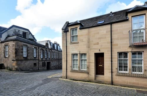 Last Minute Cottages - Cosy Edinburgh House S78919