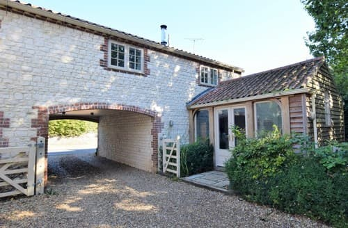 Last Minute Cottages - Splendid Thornham Cottage S114550