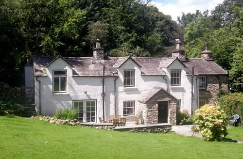 Last Minute Cottages - Attractive Hawkshead Cottage S79632