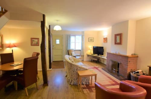 Last Minute Cottages - FCH52834