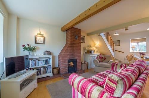 Last Minute Cottages - Quaint Great Snoring Cottage S114559