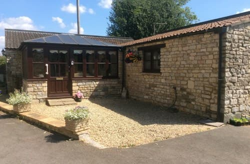 Last Minute Cottages - Splendid Bristol Barn S94525