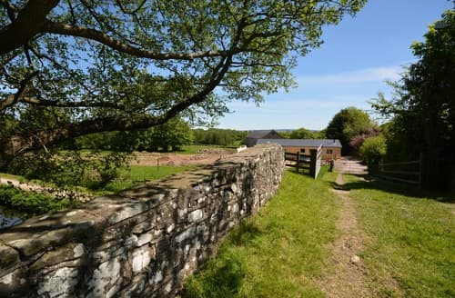 Last Minute Cottages - Delightful Pontypool Cottage S100893