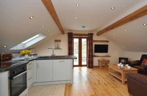 Last Minute Cottages - Luxury Abergavenny Apartment S95191
