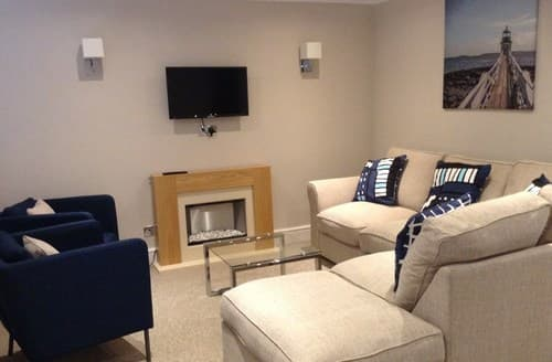 Last Minute Cottages - Beautiful Ilfracombe House S121474