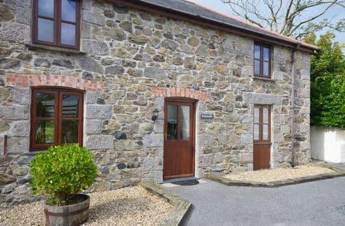 Last Minute Cottages - Splendid Helston Barn S7651