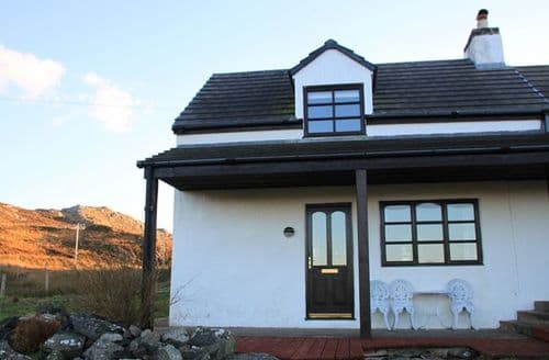 Last Minute Cottages - Beautiful Lairg Cottage S9055