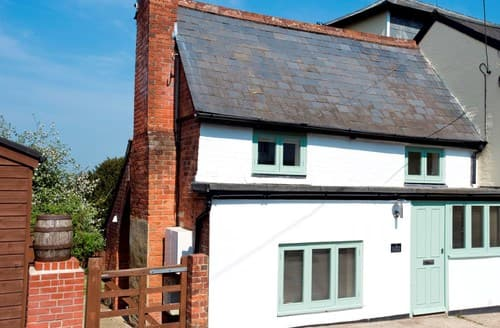 Dog Friendly Cottages - Excellent Lyndhurst Cottage S70655
