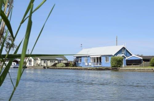 Big Cottages - FCH56010