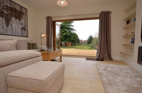 Last Minute Cottages - Charming King's Lynn Bungalow S49625