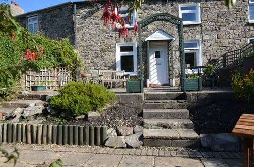 Last Minute Cottages - Lovely Abergavenny Cottage S39582