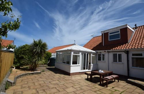 Last Minute Cottages - Inviting Beadnell House S98019
