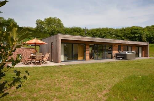 Last Minute Cottages - Luxury Tiverton Log Cabin S101039
