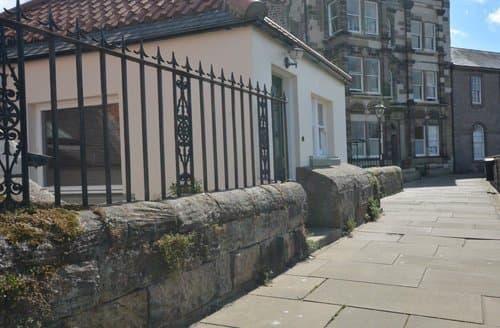 Last Minute Cottages - Luxury Berwick Upon Tweed Cottage S122520
