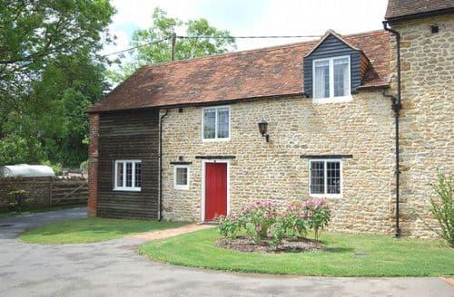 Last Minute Cottages - Exquisite Wincanton Cottage S8246