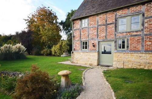 Last Minute Cottages - Quaint Tewkesbury Cottage S7112