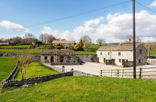 Dog Friendly Cottages - Excellent Ashford In The Water Cottage S59053