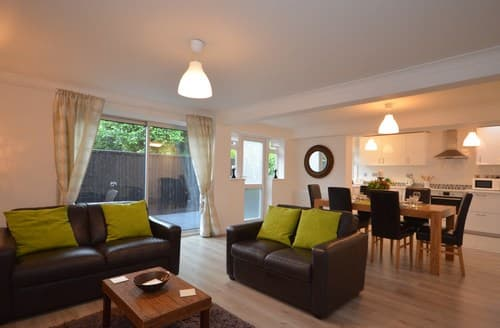 Last Minute Cottages - Gorgeous Stratford Upon Avon Apartment S43467