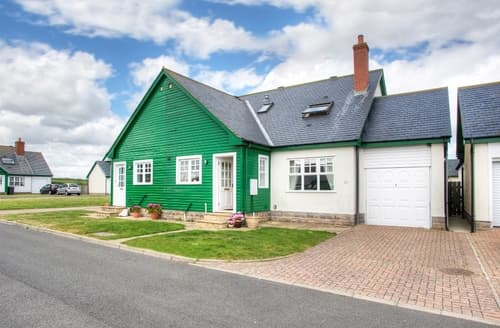 Last Minute Cottages - Charming Bamburgh Cottage S98049