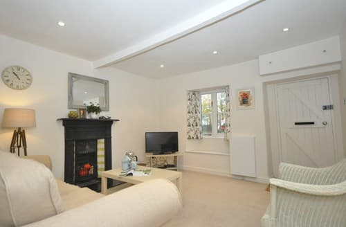 Last Minute Cottages - Wonderful Cheltenham Cottage S12829